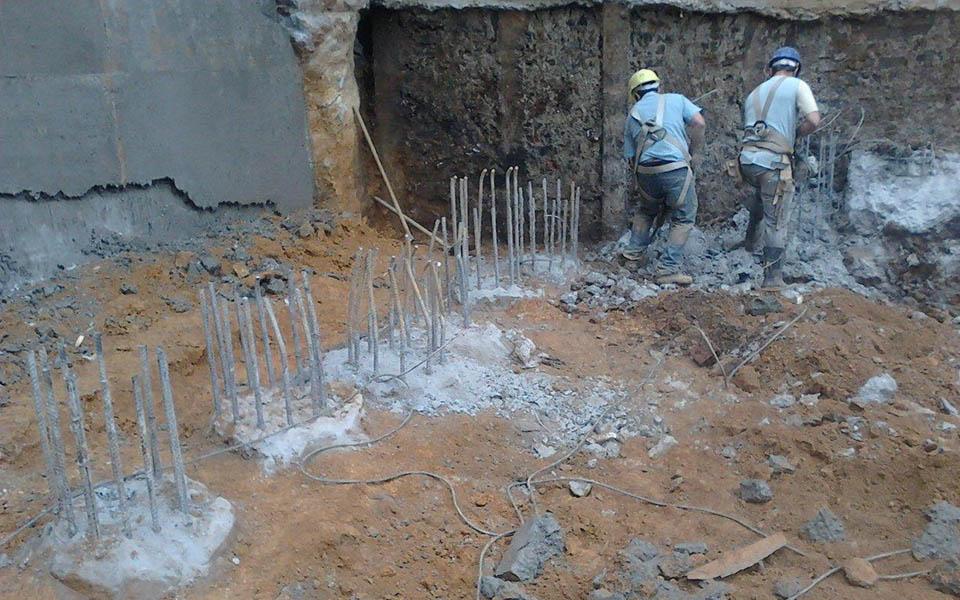 Estacas escavadas fundo concluídas