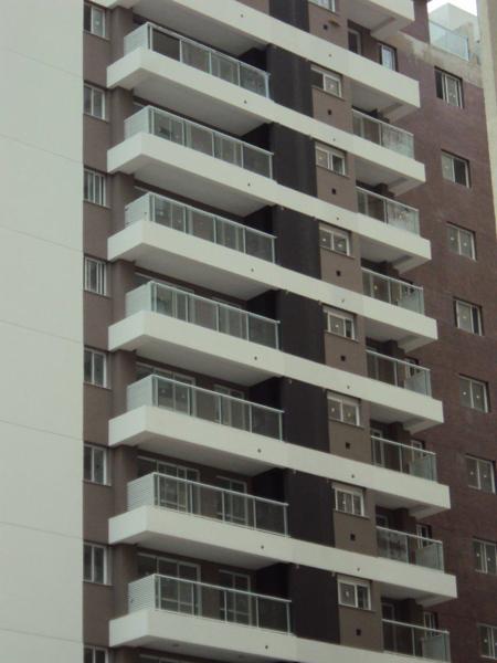 Instalação de vidros dos terraços