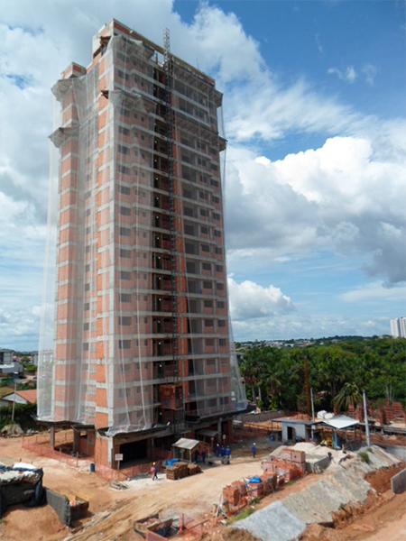 Torre 5 alvenaria em finalização