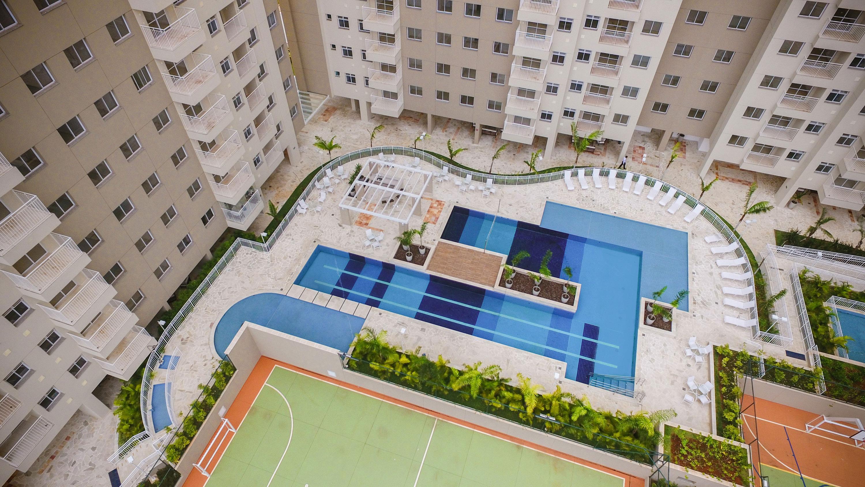 Complexo aquático e quadra