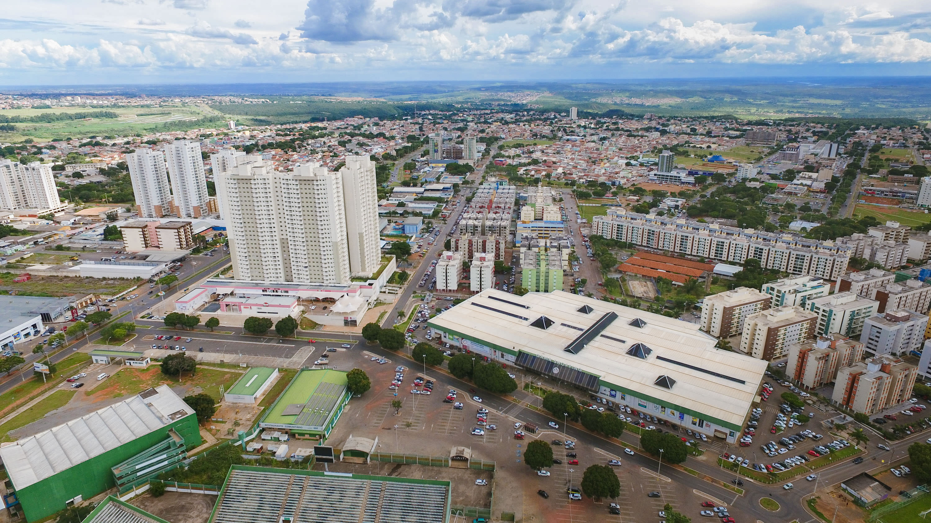 Vista do empreendimento e do Shopping Gama