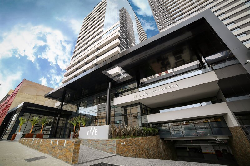 The Five Business em East Batel, Curitiba