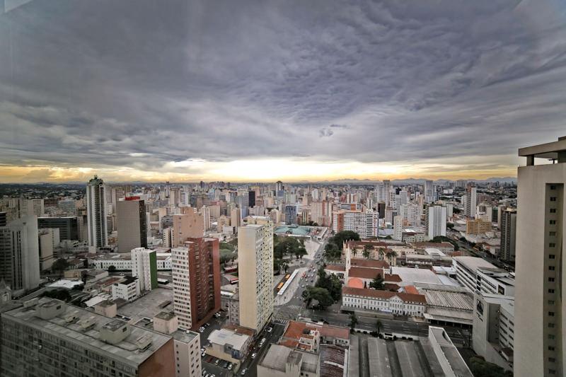 The Five Home em East Batel, Curitiba