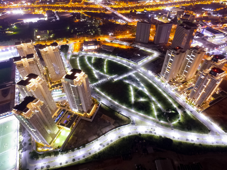 Vista aérea do Parque Jardim das Perdizes e condomínios